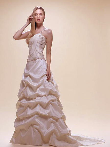 Wedding dress for taller and slimmer women