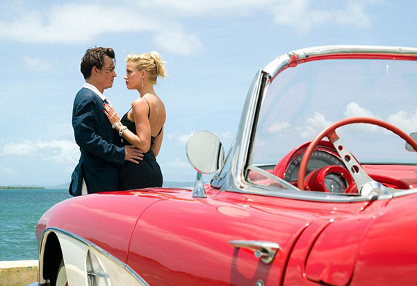 Johnny Depp and Amber Heard on the set of The Rum Diary