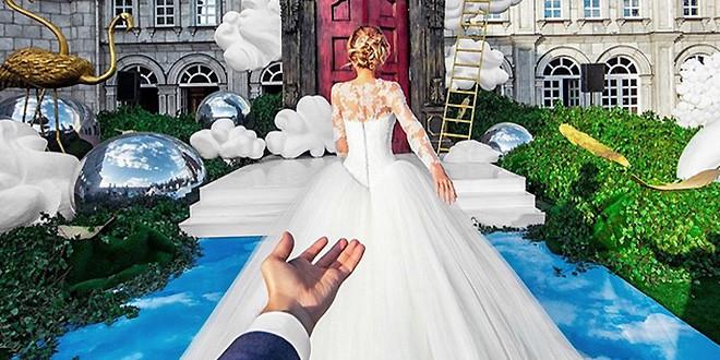Murad Osmann follows his girlfriend Natalia Zakharova to his wedding
